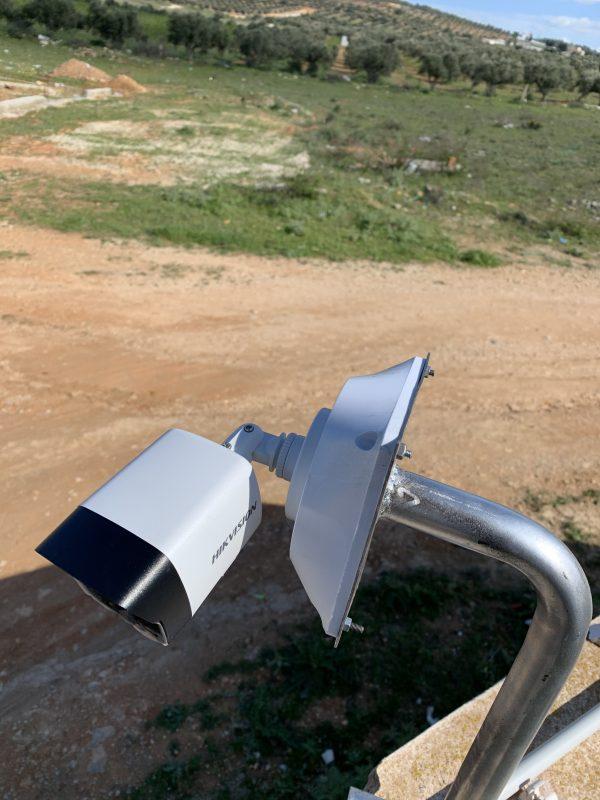 Support cameras galvanisées 60cm/20cm avec boite jonction
